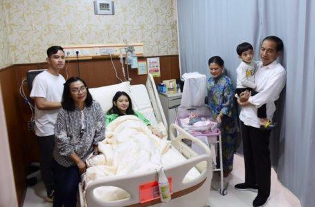 Selamat Ya Pak Presiden Jokowi Atas Kelahiran Cucu Ke-3 ' La Lembah Manah'