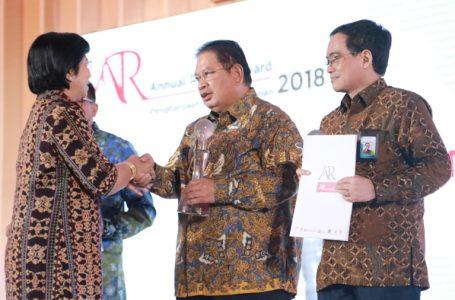 Taspen Sabet Gelar Annual Report Award 2018