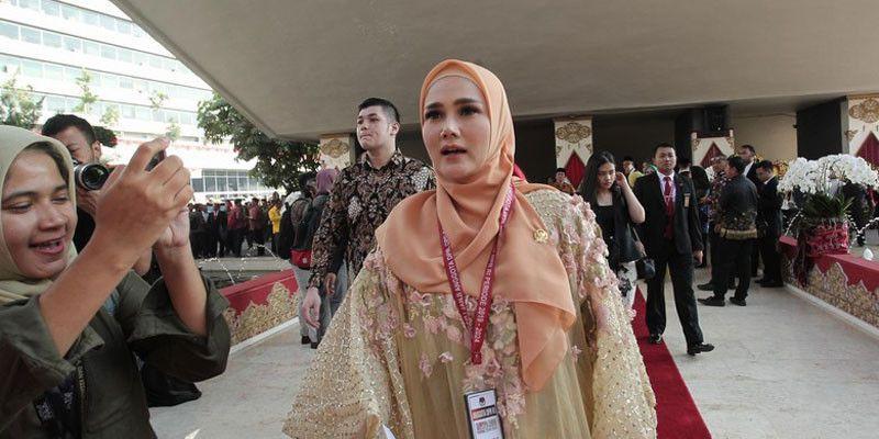 Mulan Jameela Cetar Jadi Anggota Dpr Daelpos