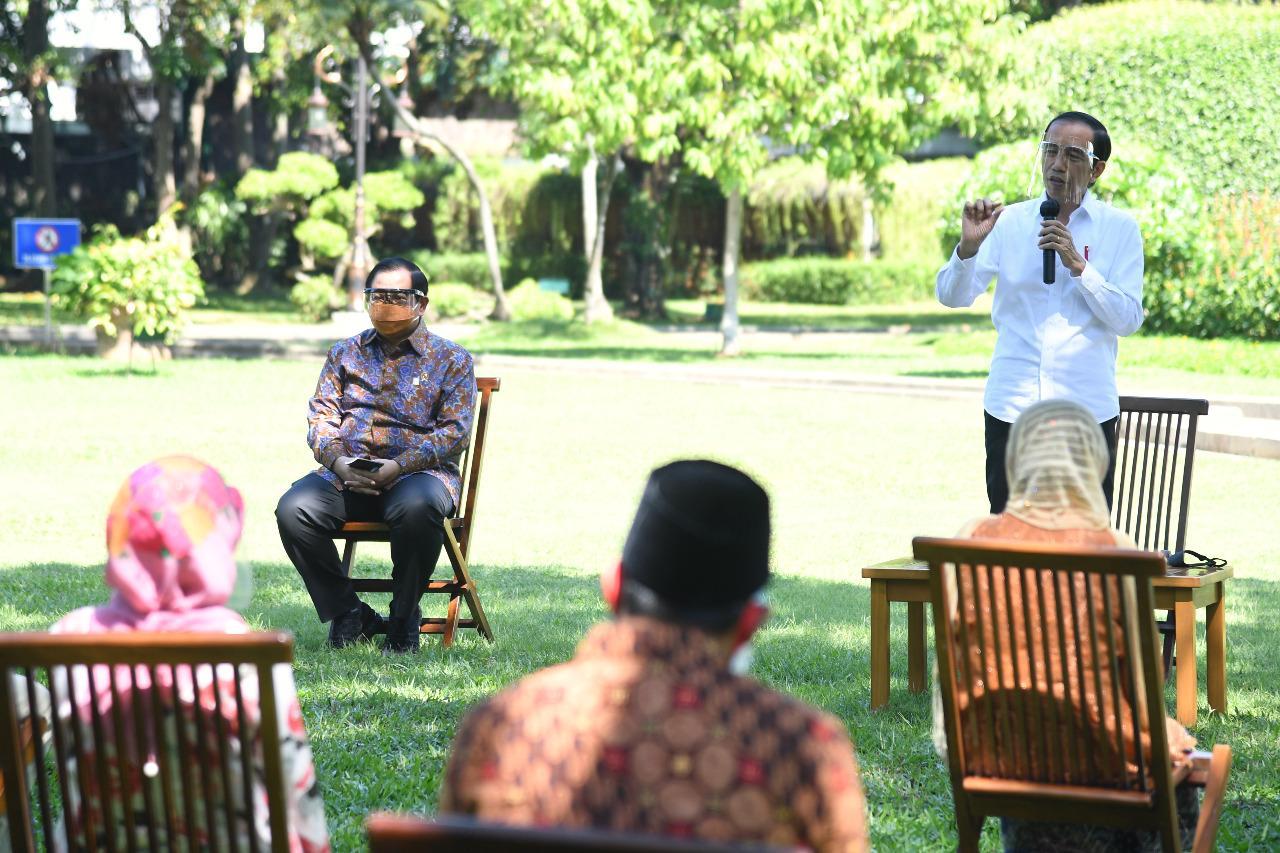 Serahkan Bantuan Modal Kerja, Jokowi: Usahakan Tetap ...