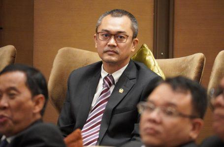 Anggota DPR: Tindak Tegas Oknum Polisi Jual Senjata ke KKB di Papua