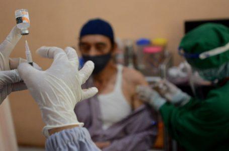 Prioritaskan Vaksinasi Untuk Lansia