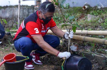 PDIP Lanjutkan Program Penghijauan dan Bersih-bersih Sungai