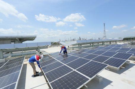 Komitmen Transisi Energi, Pertamina Bidik Pemasangan PLTS 500 MW